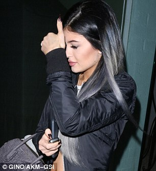 Kylie jenner reveals halloween inspired green tinged hair longer look kylie before the extensions left and after pmusecretfo Choice Image